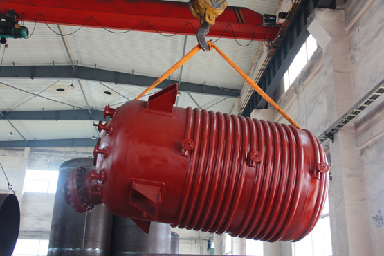 11000L生产用雷电竞注册碱熔釜