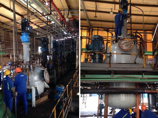为山东某化工厂设计制造的28000L的4台不锈钢雷电竞备用网站搅拌缩合釜.jpg