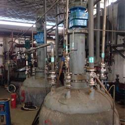 我公司设计制造的的两台6MPa3000L加氢釜